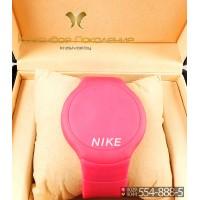 Спортивные часы Nike Touch Screen CWS102