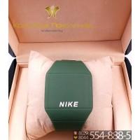 Спортивные часы Nike Touch Screen CWS066