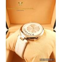 Женские наручные часы Versace Meandros CWC471