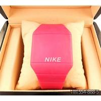 Спортивные часы Nike Touch Screen CWS067
