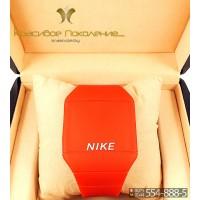 Спортивные часы Nike Touch Screen CWS096