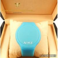 Спортивные часы Nike Touch Screen CWS101