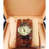 Часы с двойным ремнем Swiss CWD087