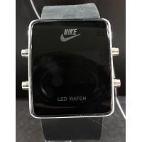 Спортивные часы Nike CWS472
