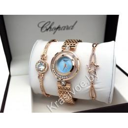 Женские наручные часы Chopard и два металлических браслета CWC470