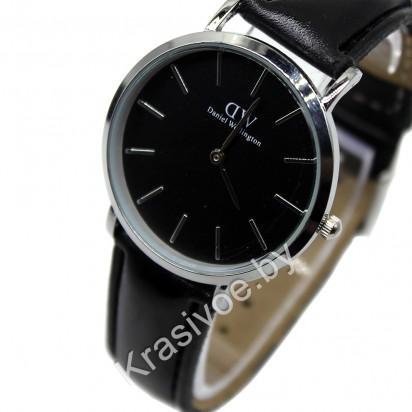 Женские наручные часы Daniel Wellington MINI CWC695