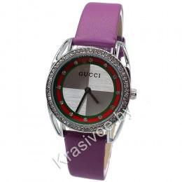 Женские наручные часы Gucci CWC036