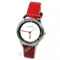 Женские наручные часы Gucci CWC296