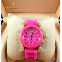 Женские наручные часы Geneva One Mini CWC854