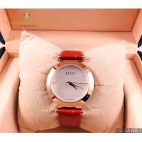 Женские наручные часы GUCCI CWC861