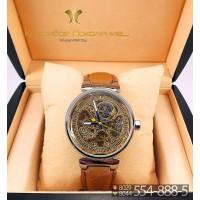 Женские наручные часы Louis Vuitton Tambour CWC191