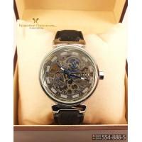 Наручные часы Louis Vuitton Tambour CWC119
