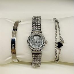 Женские наручные часы Chanel И ДВА МЕТАЛЛИЧЕСКИХ БРАСЛЕТА CWC888