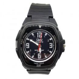 Кварцевые наручные часы Q&Q CWC247