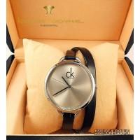 Часы с двойным ремнем Calvin Klein CWD074