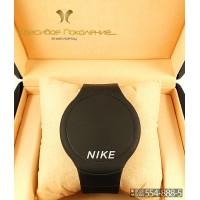 Спортивные часы Nike Touch Screen CWS103