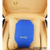 Спортивные часы Nike Touch Screen CWS104